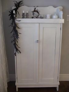 Armoire antique transformée - meuble Moderne - Création Aube design