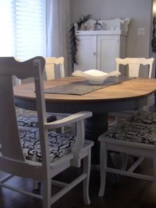 Création Aube design - Salle à manger et meuble en bois peint