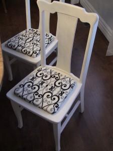 Chaises en bois style antique moderne - Création Aube design