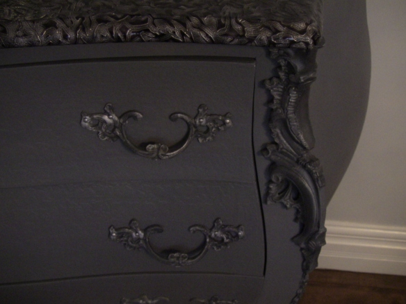 Finition moderne meuble Bombay - Création Aube design
