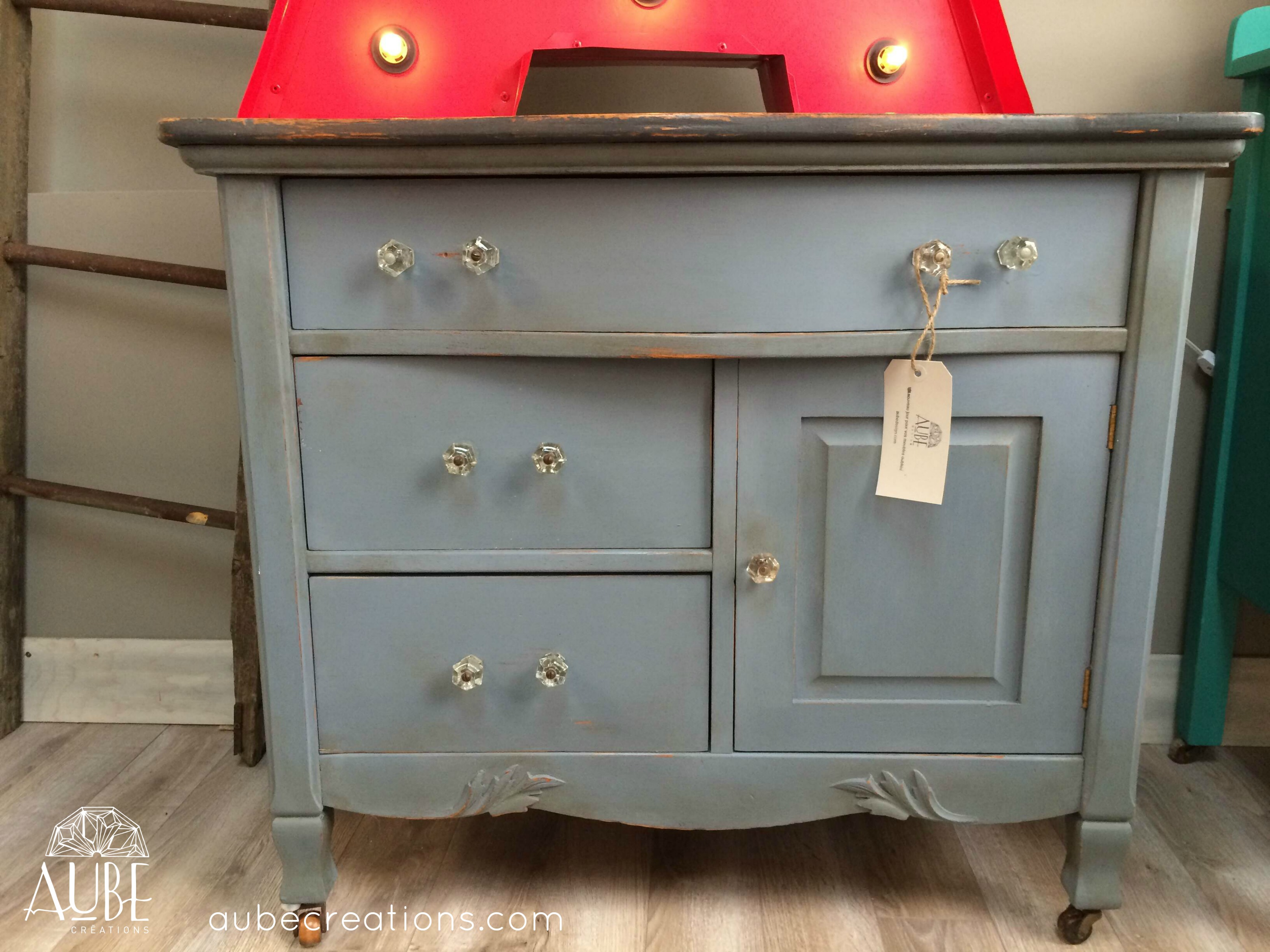 Chalk paint annie sloan blogue cr ations aube design for Peinture de meuble